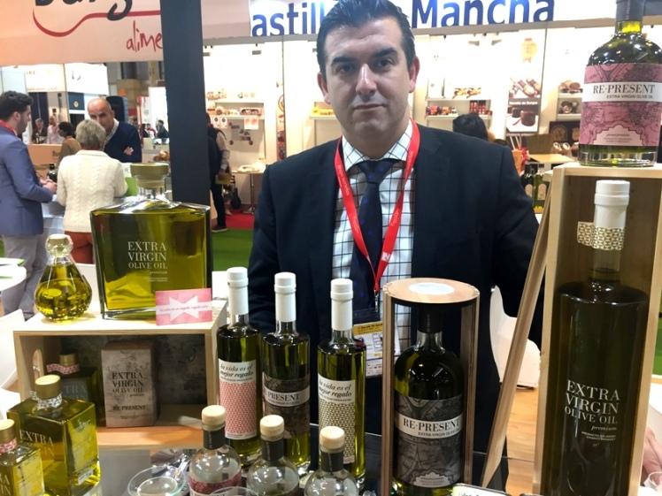 re present José Luis Sosa