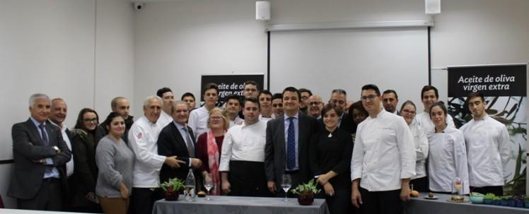 Foto de familia acto DO Montes de Toledo